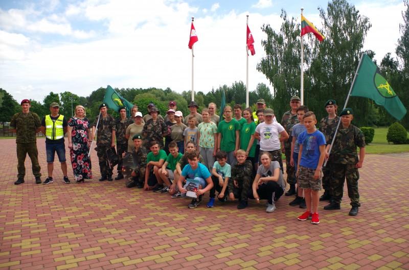 Birželio 8-12 d. Alytaus Putinų gimnazijoje aidėjo jaunųjų šaulių balsai