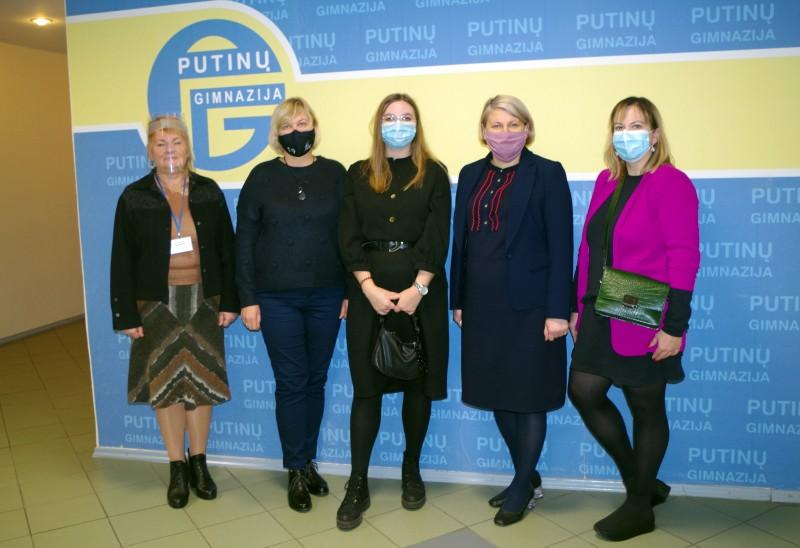 Partnerių iš KTU vizitas Putinų gimnazijoje