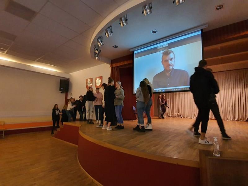 """Festivalio """"NEPATOGUS KINAS 2020"""" edukaciniai seansai mokykloms"""