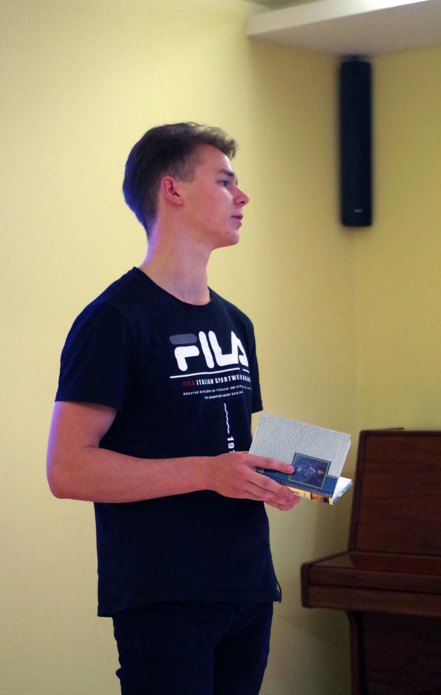 Sveikiname IV klasės gimnazistą Denisą Boiko